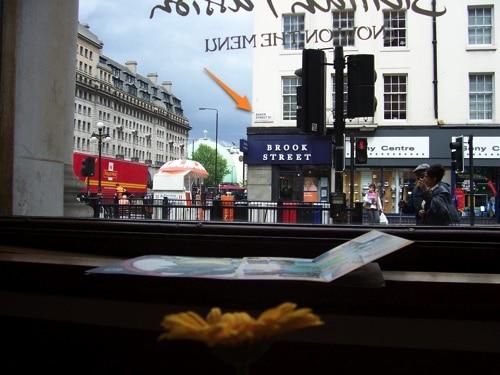 Esquina da Baker Street e pizzaria