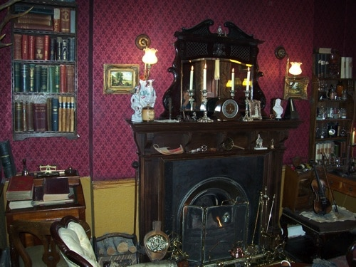 Interior do Museu Sherlock Holmes - lareira
