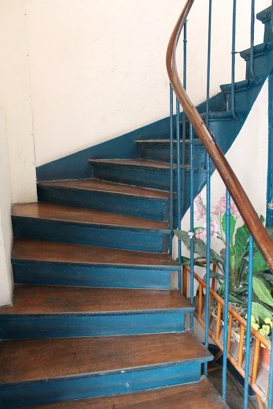 Escada por onde Allan Kardec subia