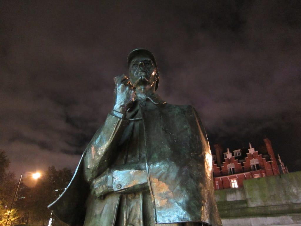Estátua de Sherlock Holmes em Londres