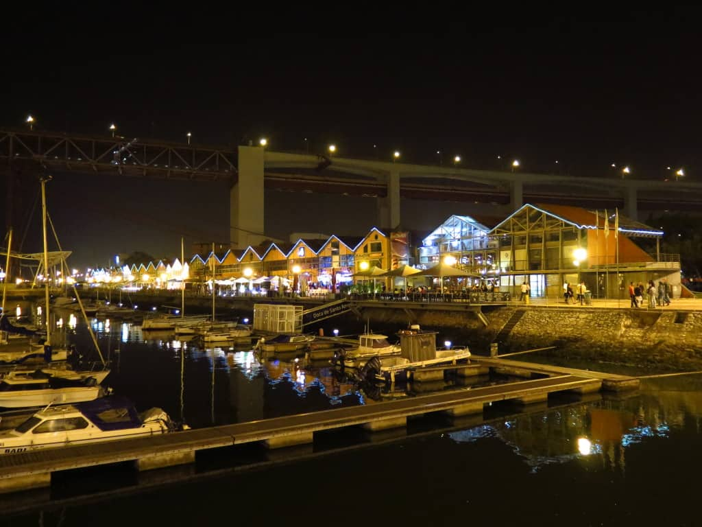 As Docas, em Lisboa: entretenimento e gastronomia