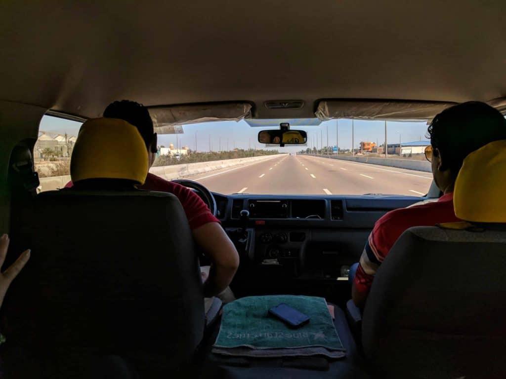 Estrada em boa qualidade no Egito