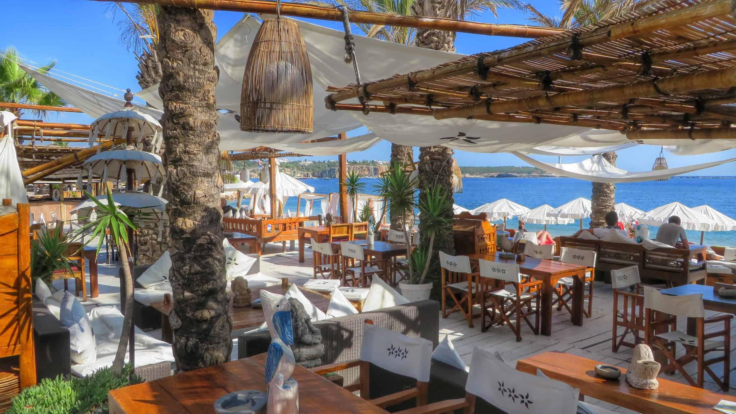 Bar e restaurante em Portimão, em destaque em roteiro para o Algarve
