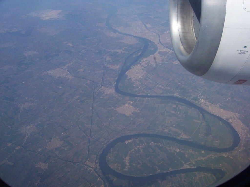 Voo Cairo-Atenas: visões pela janela da aeronave da Aegean