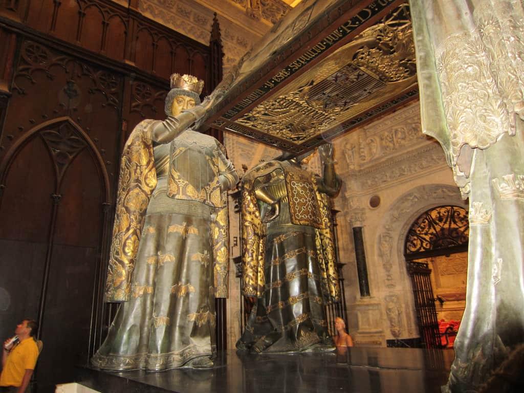Túmulo de Cristóvão Colombo, na Catedral de Sevilha