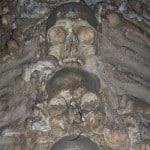 Uma capela feita de ossos em Portugal?