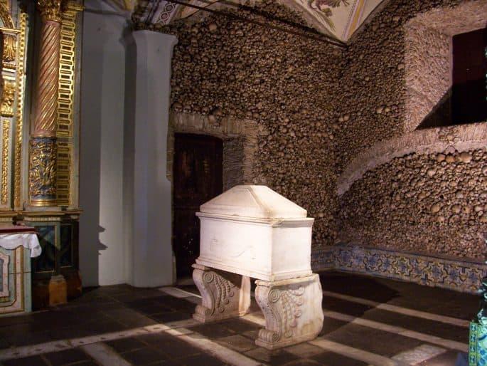 Túmulo de um bispo