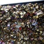 Ponte das Artes, em Paris: em vez de cadeado, um selfie