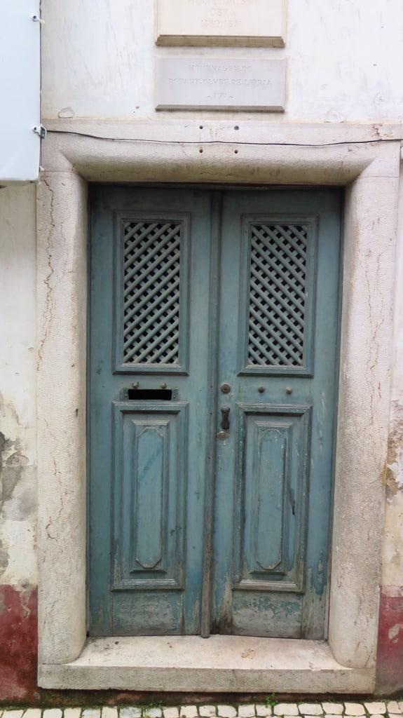 """Visite a casa de Eça de Queiroz em Leiria (cenário de """"O Crime do Padre Amaro"""")"""