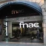 Visite uma loja FNAC em Paris