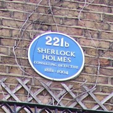 Em Londres, fique de olho nas placas azuis em prédios