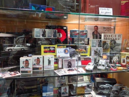 Loja sobre cinema e TV em Londres