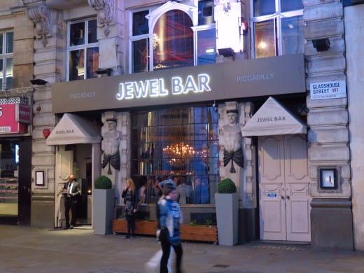 Pub Jewel Bar, em Piccadilly Circus, Londres