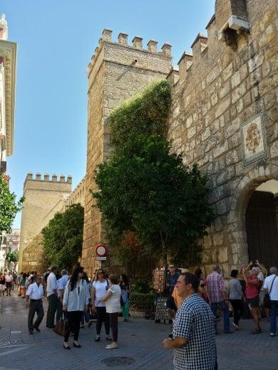 A caminho da loja La Alcazaba, em Sevilha