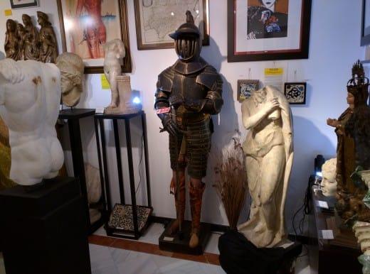 Loja de antiguidades em Sevilha, Espanha