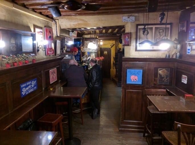 Bar em Madri: CafeeKe