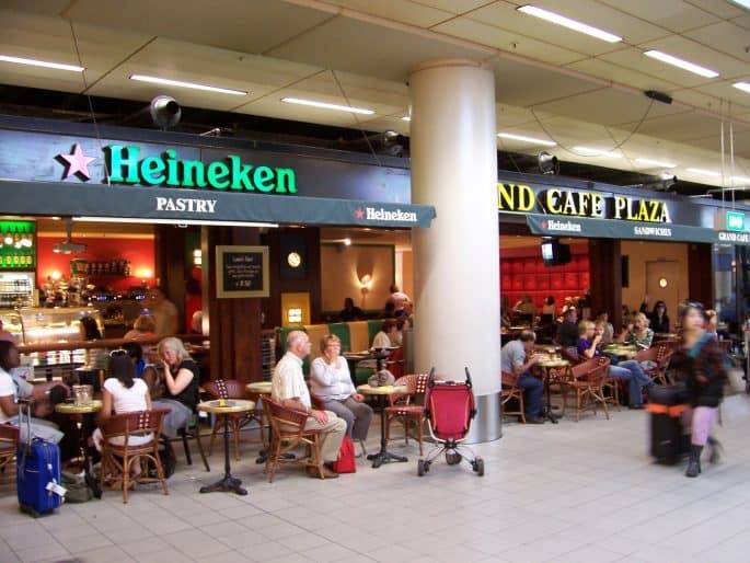 Bar Grand Cafe Plaza, no Aeroporto Schiphol