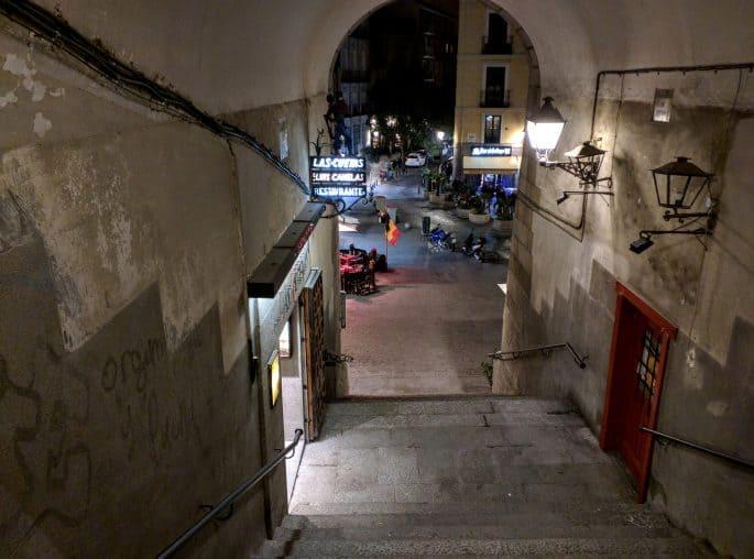 Escada de acesso à Plaza Mayor