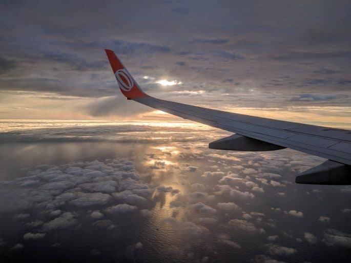 Chegando a Amsterdã de avião: uma bela vista lá do alto