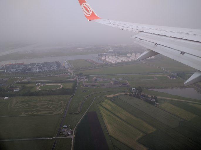 Chegando a Amsterdã de avião