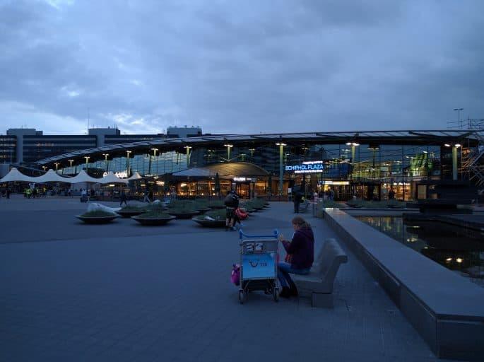 Aeroporto Schiphol: área externa