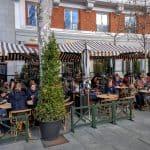 Cappuccino: restaurante junto à Puerta de Alcalá, em Madri