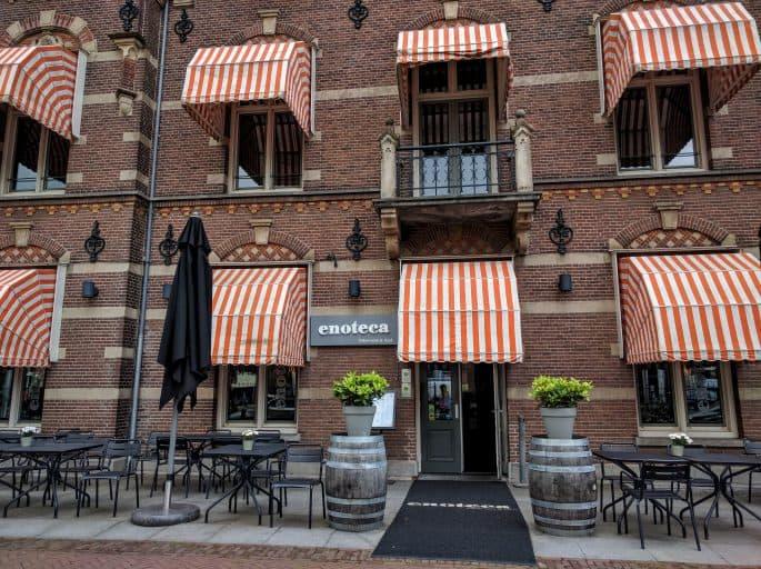 Entrada do restaurante no Hampshire Hotel - The Manor Amsterdam