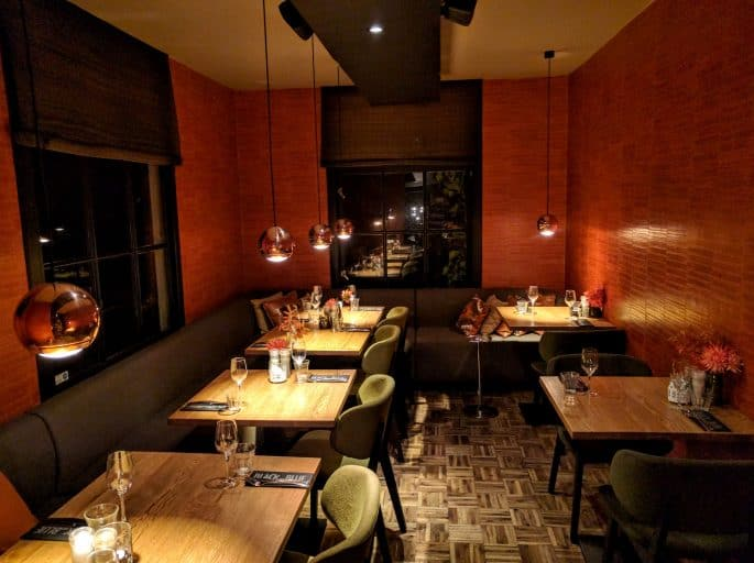 Restaurante Black and Blue, em Amsterdã: outro salão de refeições