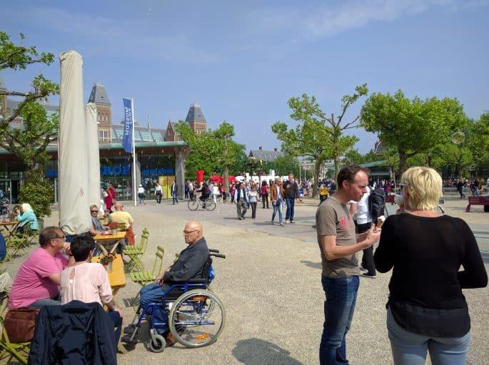 Museumplein, em Amsterdã