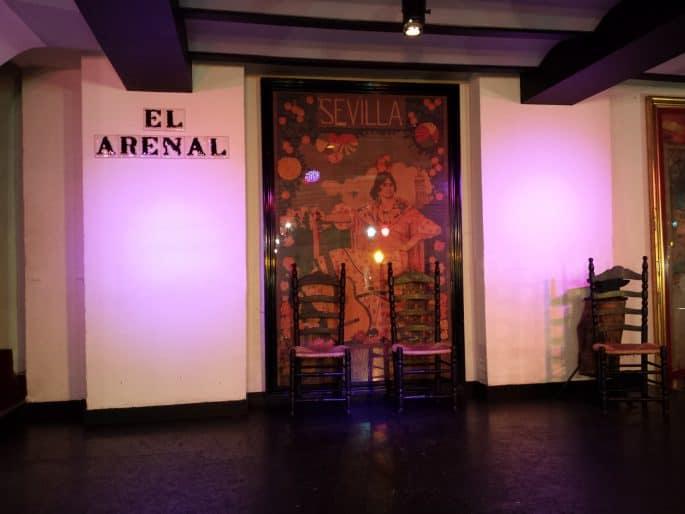 Palco de show do Tablao El Arenal, em Sevilha