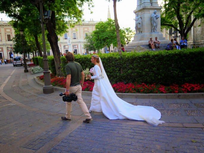 Noiva nas ruas de Sevilha