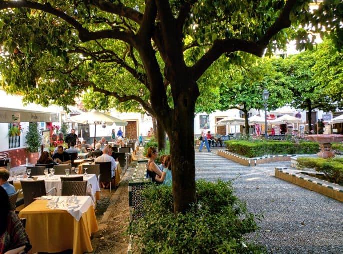 Plaza de Doña Elvira, em Sevilha