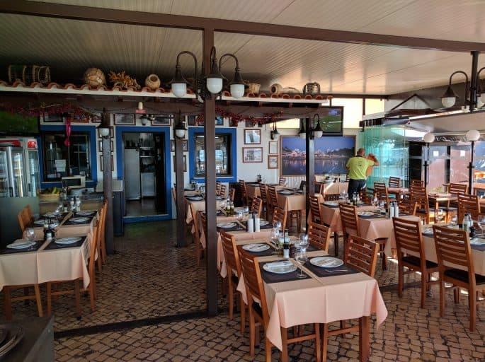 Restaurante A Ribeira - Alvor, Algarve, Portugal   Interior
