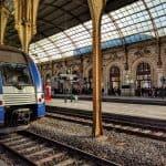 Viagem de comboio (trem) de Cannes a Nice