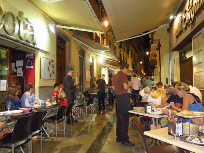 Calle Navas: vida noturna em Granada