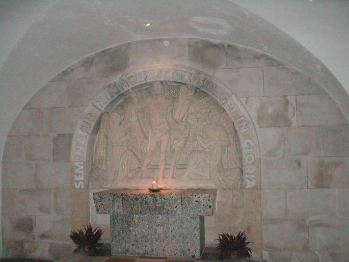 Visita às catacumbas da Catedral de Santo Estêvão, em Viena