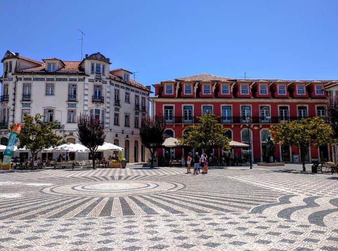 Leiria: Rota do Crime do Padre Amaro, de Eça de Queiroz | A Praça Rodrigues Lobo