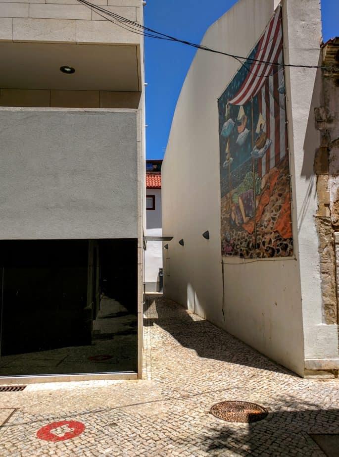 Siga a'Rota do Crime do Padre Amaro', em Leiria, Portugal