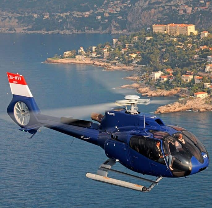 Helicóptero em Cannes