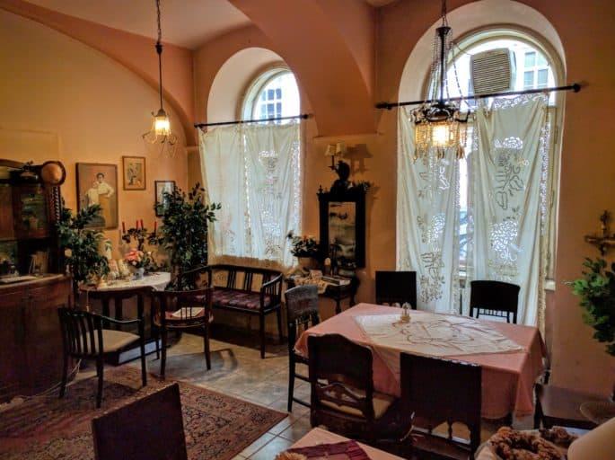 Interior do Café Freud, em Viena