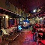 Rue du Suquet: simpática rua de bares e restaurantes em Cannes