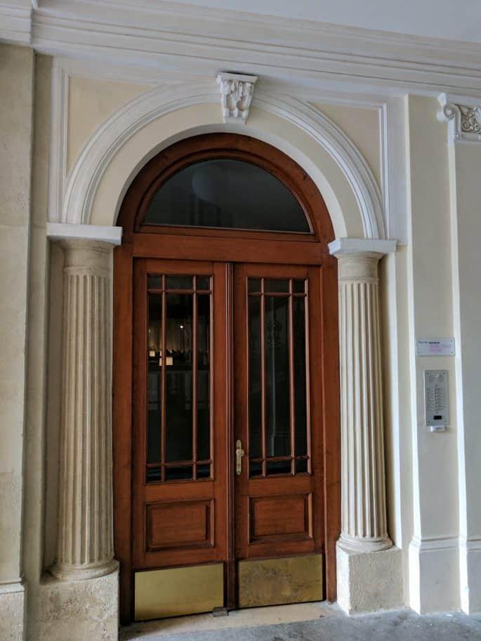 Apartamento de Johann Strauss em Viena: porta de acesso às escadas