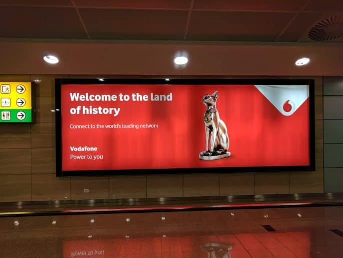 Vodafone no Egito: cartaz com gato