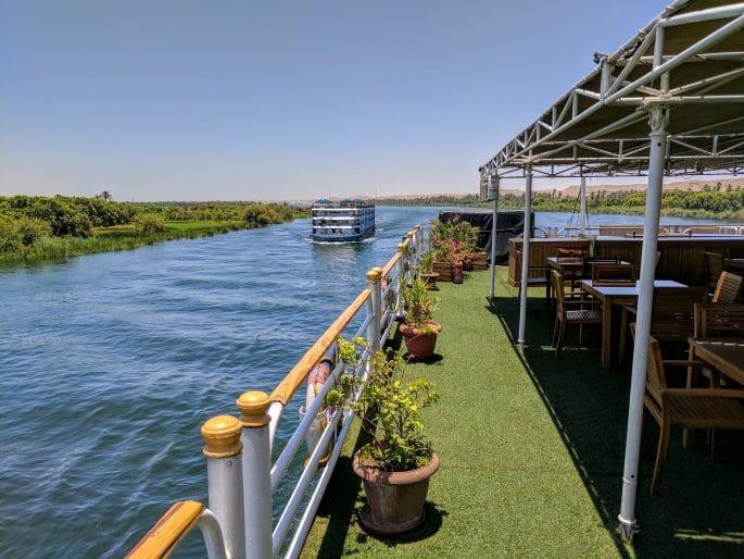 Cruzeiro no Rio Nilo | Convés do navio