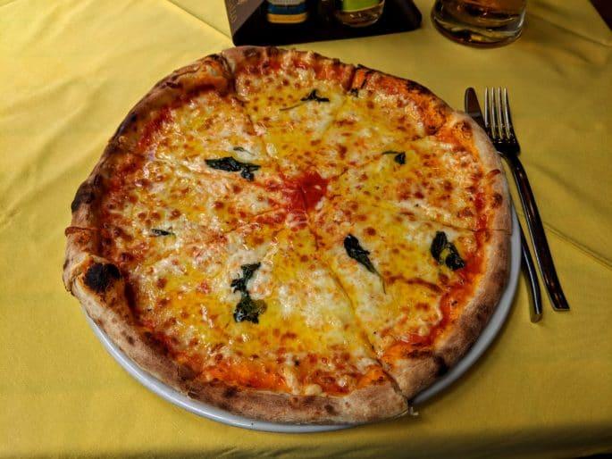 Pizza na Il Tartufo, em Coimbra
