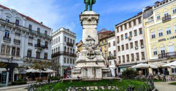 Largo da Portagem: bom começo para seu turismo em Coimbra