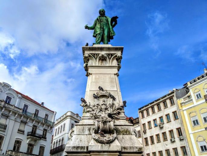 Estátua de Joaquim António de Aguiar