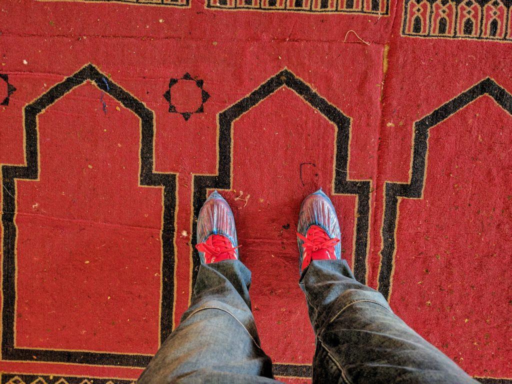 Meus pés na Mesquita de Alabastro