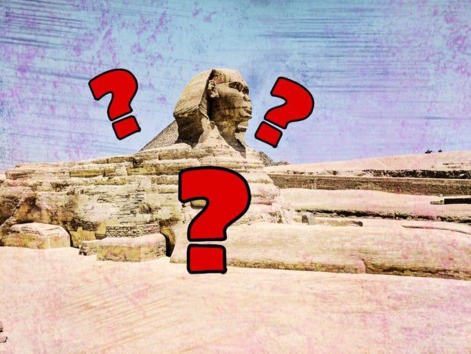 Dúvidas expressas em imagem da Esfinge em Gizé