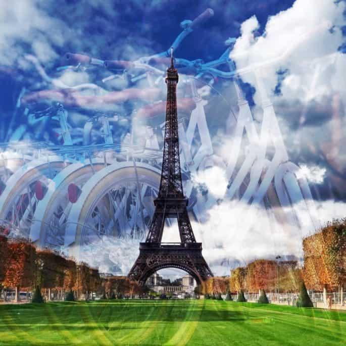 Bicicletas e Torre Eiffel.